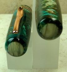 800_bard_green-teal-mist_alabaster-swirl_oversized04