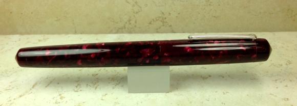 800_idyll_quartz-burgundy_medium3