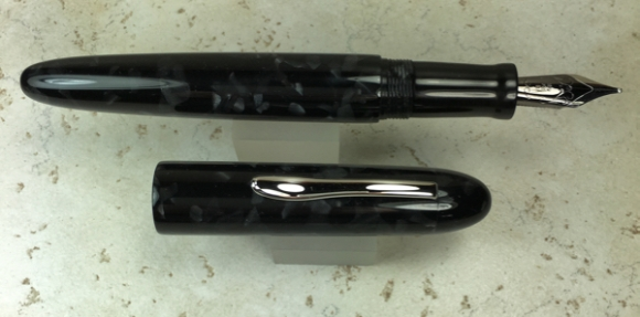 Custom Pen in CS Graphite & Black Ebonite