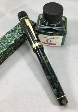 Custom Style in Classic Green - Small