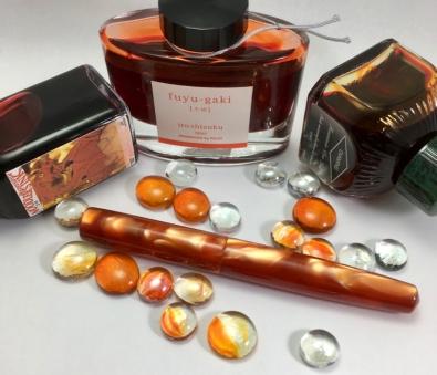 Idyll in Dark Orange Swirl Lucite - Medium