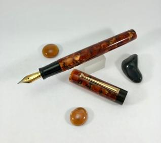 Chronicler in CS Bronze & Black Ebonite - Medium