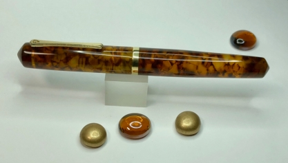 Idyll in Illuminated Amber Tortoise & Urushi Red - Medium